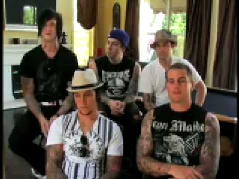 [High Quality] AVENGED SEVENFOLD - MTV Interview, part 5 (Favorite live song) HQ