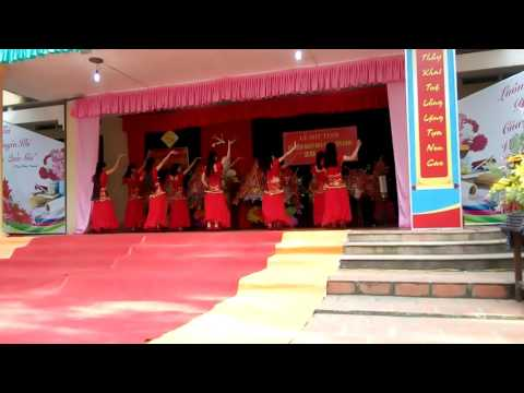 Các thánh nữ B1- Trường THPT Yên Định 2 😂😂😂