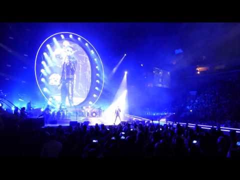 Queen + Adam Lambert ... Philadelphia, PA ...  Opening