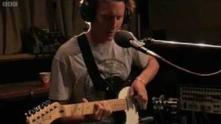 Скачать Ben Howard Oats In The Water BBC Radio 1 Live Lounge 2012