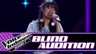 Video Bidadari - Chasing Pavements | Blind Auditions | The Voice Kids Indonesia Season 3 GTV 2018 download MP3, 3GP, MP4, WEBM, AVI, FLV Agustus 2018