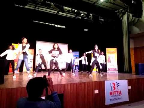 Tere Naal nachana song badshaa performance by R V Angel Crew for R V Dance Academy