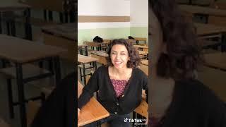 Periscope Liseli türk kızları okulda twerk Show yapıyor