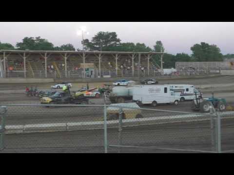 061016 Belle Clair Speedway Pro-4 Heat 2