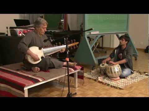 Maestro Amjad Ali Khan Plays the Sarod