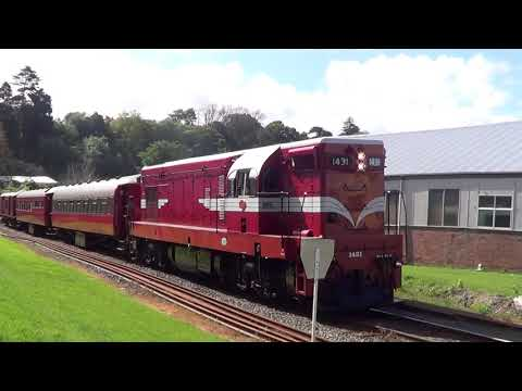 THE DOMINION POST READERS RAIL TOUR ARRIVES IN WANGANUI 17,10,17
