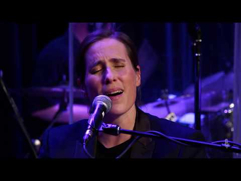 Rose Cousins - The Benefits Of Being Alone (Live On ETown)