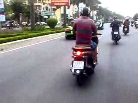 Sieu Xe Tren Duong Dien Bien Phu-DN.Minh Vuong camera.flv