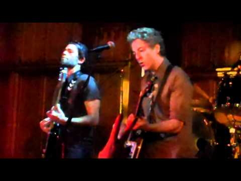 Adrian Grenier and The Honey Brother w/ Marky Ramone LIVE - I Wanna Be Sedated