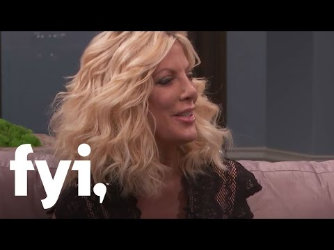 Tori Spelling Reveals Her Secret Drunk Persona | Kocktails with Khloe | FYI