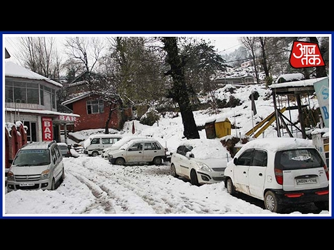 Jammu-Srinagar Highway Closed As Kashmir Valley Receives Fresh Snow
