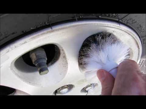 Best way to clean 25 year old dirty rims