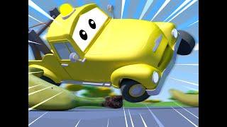Эвакуатор Том - Первое Апреля: Малыши играют в догонялки - Автомобильный Город 🚗 детский мультфильм