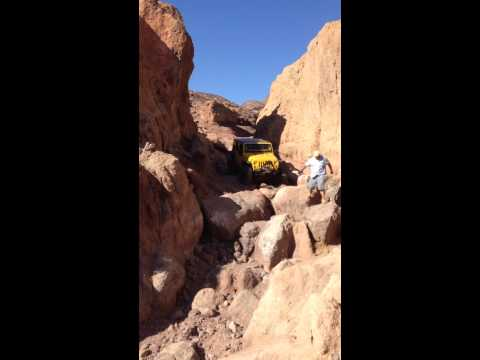 Yellow Shoe Frank Jeep Rubicon Rollover At Gate Keeper In