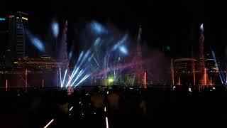 Шоу фонтанов Сингапур. Вторая композиция. Февраль 2018. Смотреть со звуком!