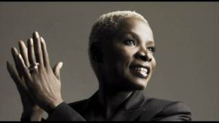 Angelique Kidjo - Give It Up