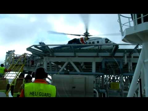 Cougar S-92 helicopter arriving to Ultra Deepwater Drillship Corcovado