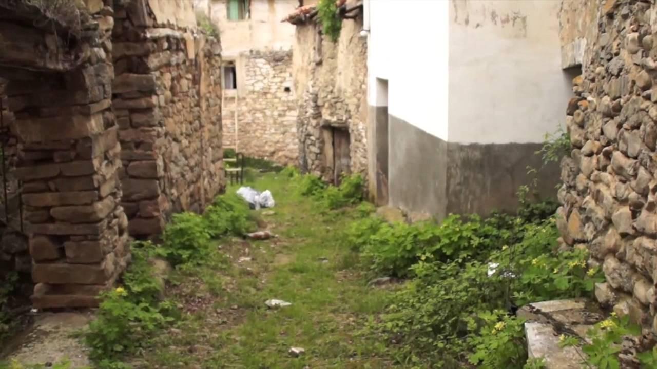 Pueblo Abandonado Las Ruedas De Enciso