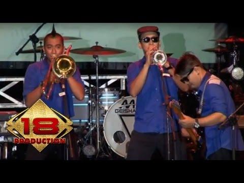 Tipe-X - X Friends   (Live Konser Cirebon 1 November 2014)