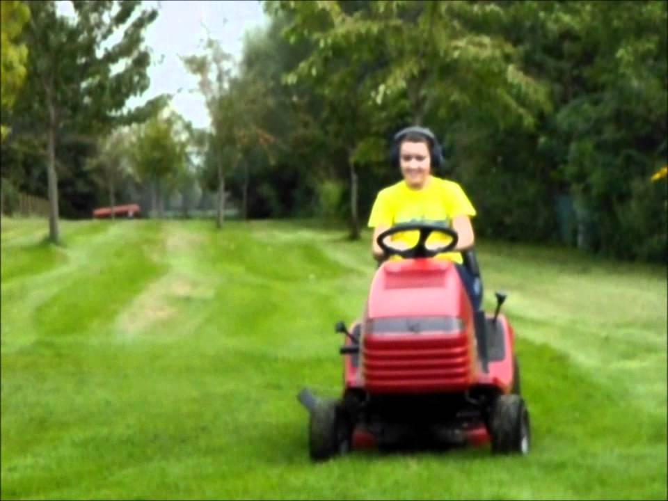 Toro Xl 13 32 Lawnmower