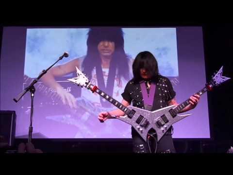 Michael Angelo Batio: Double Guitar Shred Medley (Sioux City, Iowa)