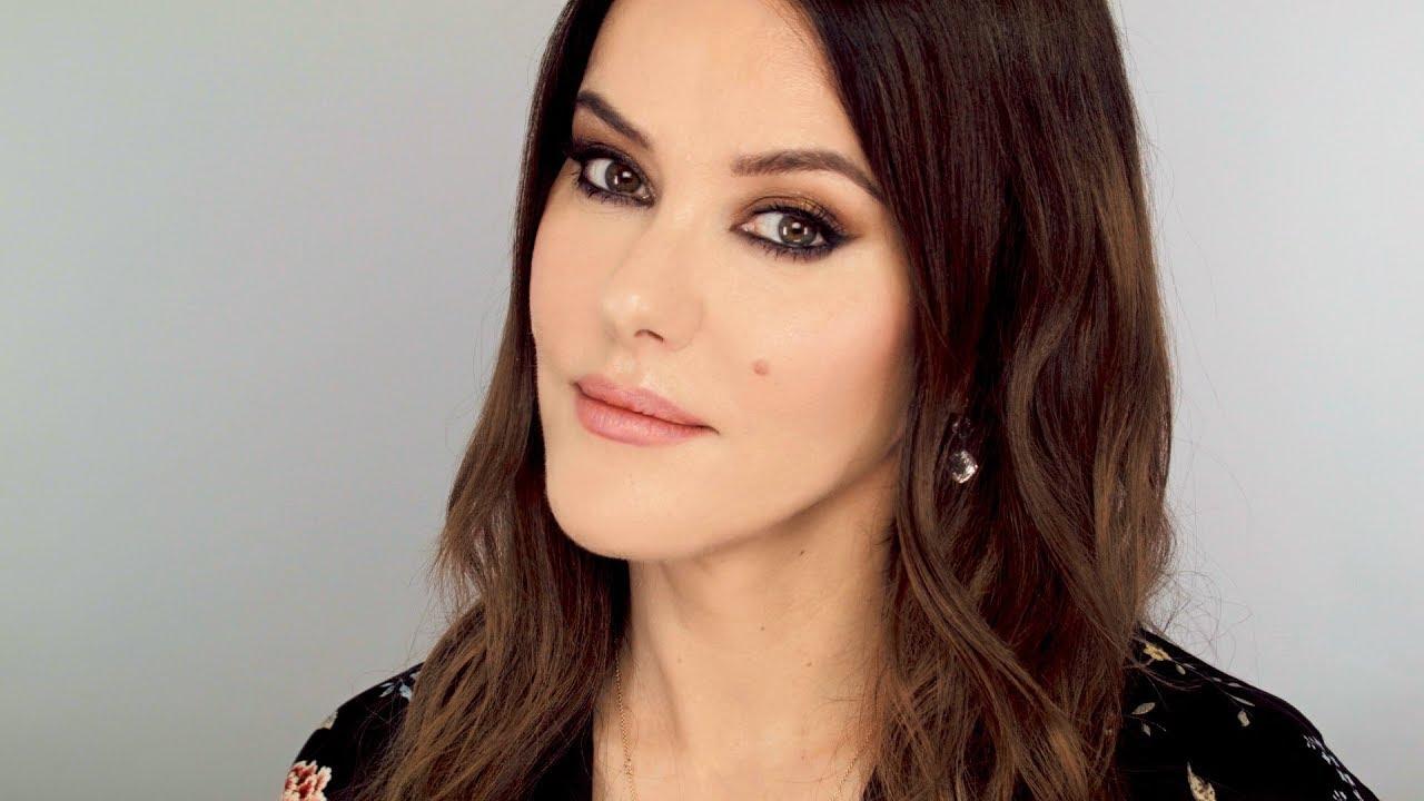 58d73697880 Lisa Eldridge Make Up   Video   Smokey Glam Makeup Look