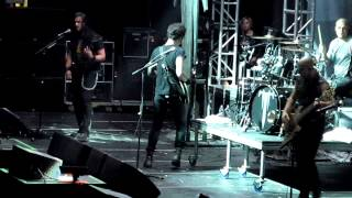 Trivium   Caustic Are the Ties That Bind live Prudential Center Aug 18 2012