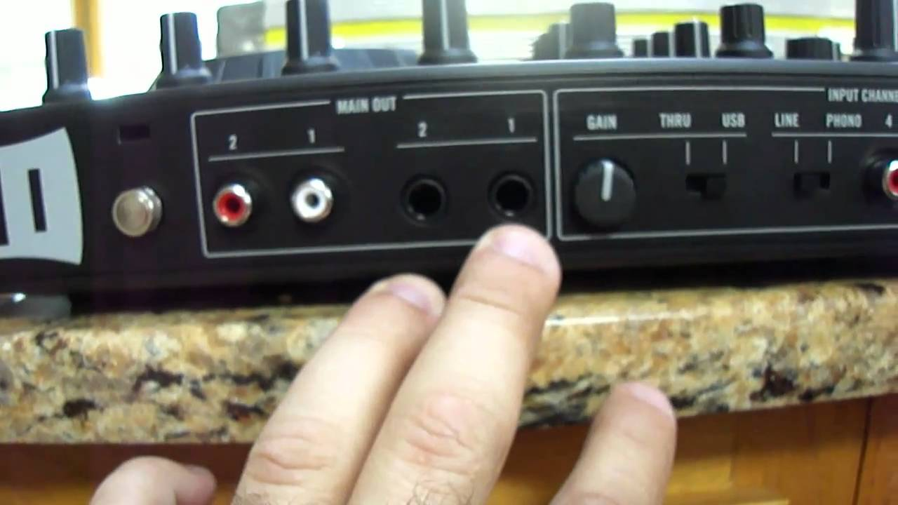 Traktor S4 Input and Output Overview