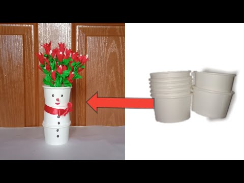 Cute santha claus vase 😍/coffee cup craft idea /crepe paper flowers 🌹/best out of waste craft 💡