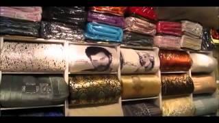 «هويام» تسحر زوار القرية العالمية بخاتمها اللازوردي