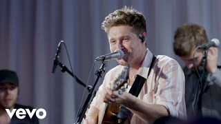 Download Lagu Niall Horan - Nice To Meet Ya Live At YouTube Space NY MP3