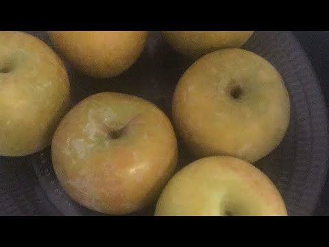 Cleaning Apples for Candy Apples