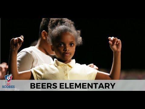 Beers Elementary School performs at 2017 Poetry Slam!