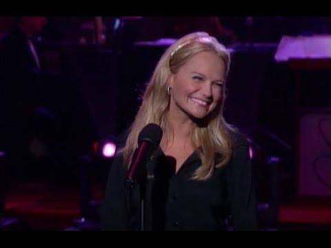 "Kristin Chenoweth - ""The Girl in 14G"" (2001) - MDA Telethon"