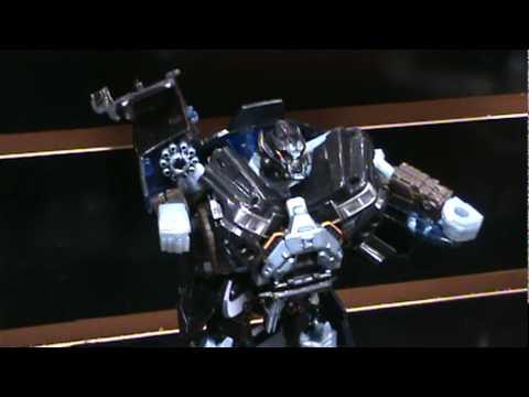 Transformers Deluxe class Bumblebee, Thrust, Ironhide, Jetblade, Drift - Toy Fair 2010