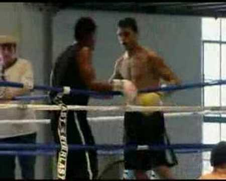Ahmed talkin about Ishe & him sparing with Sugar Ray Leonard