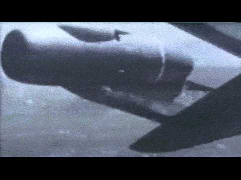 Boeing 707 Barrel Roll - Pilot Tex Johnston Performs Roll In Dash-80 Prototype Aircraft In 1955