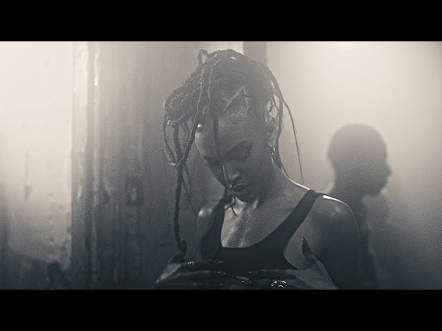 Alewya - Sweating (Official Video)