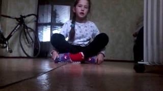 Как сесть на шпагат  урок 1
