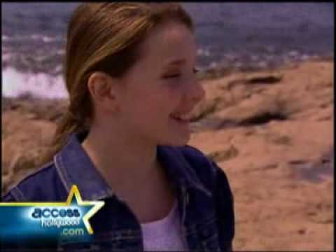 "Abigail Breslin - ""Nim's Island"" Press Junket Interview (March 2008)"