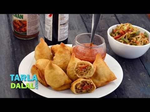 Chinese Samosa, Veg Chinese Noodle Samosa, Recipe in Hindi (चाइनीज समोसा) by Tarla Dalal