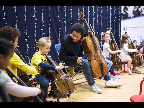 Sheku Kanneh-Mason visits Prior Weston Primary School