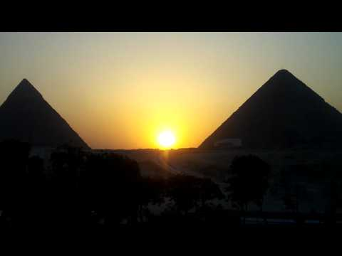 Homem Livre - Egypt - Pyramids Sunset