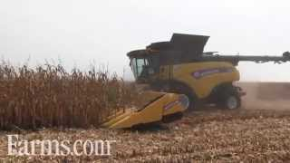 New Holland CR Combine in Farm Progress Show 2015 Harvesting Demonstrations