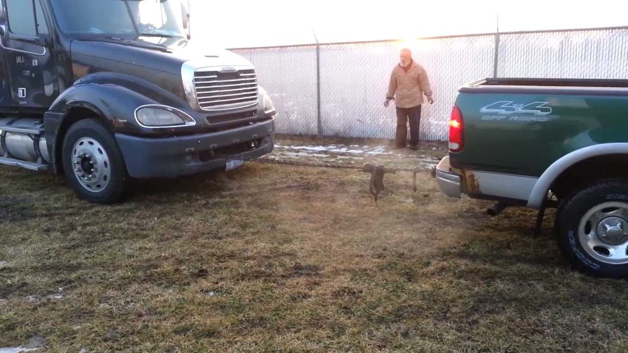 99 f150 pulls out stuck semi tractor