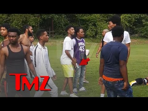 21 Savage Flashes Gun in Pool Party Fight  TMZ