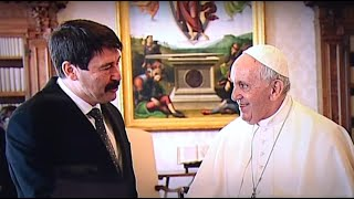 Magyarországi látogatásra hívta Ferenc pápát Áder János köztársasági elnök