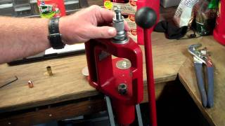 Hornady Reloading Die Setup(Hornady Reloading Die Setup Part 2 of the Die prep., 2011-09-15T07:26:03.000Z)