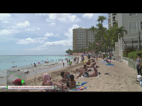 Visitors of Waikiki bracing for Hurricane Lane