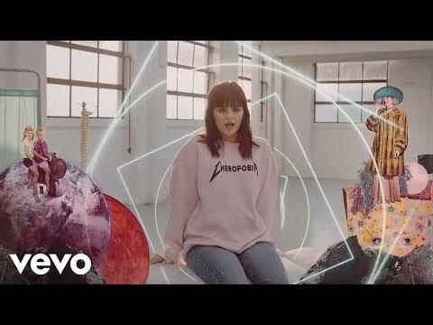 Martina Attili - Cherofobia (Official Video)